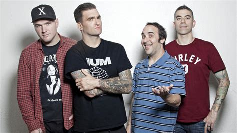 New Found Glory Goes Behind The Scenes Of New Album (part