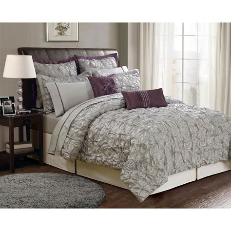 Simple Polo Comforter Set — Ecrins Lodge  How Things Polo