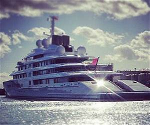 Legendary Azzam World39s Largest And Most Expensive Yacht