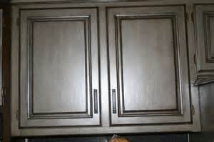 Black with Grey Glaze Kitchen Cabinets