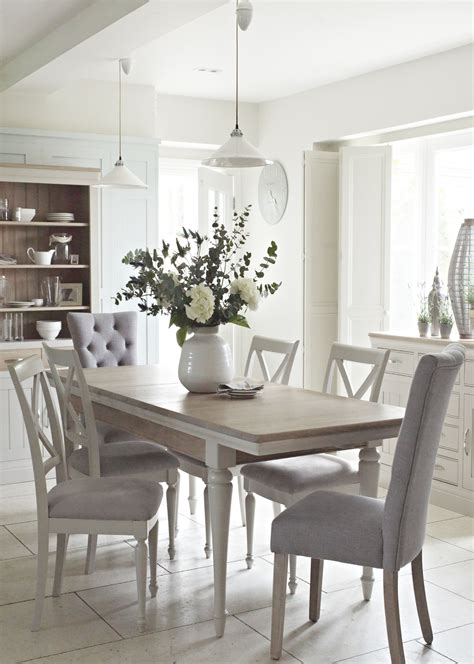 The Classic Bambury Dining Range Just Oozes Country Chic