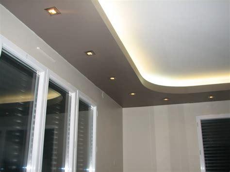 spot plafond chambre agréable spot plafond chambre 0 faux plafond survl com