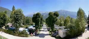Camping Autour De Valence : castel le ch teau de rochetaill e campings et locations de vacances is re resasol ~ Medecine-chirurgie-esthetiques.com Avis de Voitures