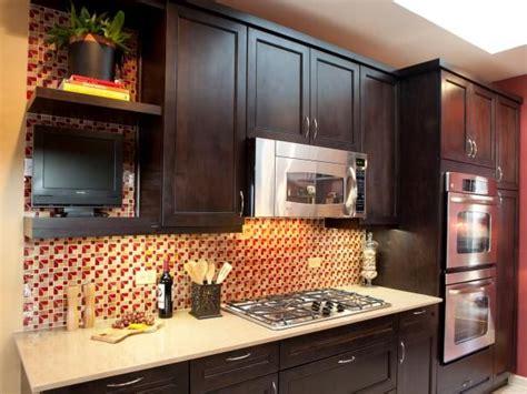 kitchen cabinet restaining 25 best ideas about restaining kitchen cabinets on 2732