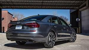 2018 Volkswagen Passat Review  Vw U2019s Big Sedan Gets A Pulse