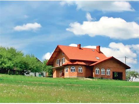 Lauku māja ar pilsētas ērtībām