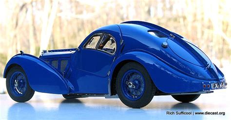 cmc 1 18 1938 bugatti type 57 ac atlantic diecast model