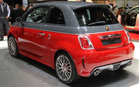 Fiat 500 Specials Including Abarth 695 Tributo Maserati