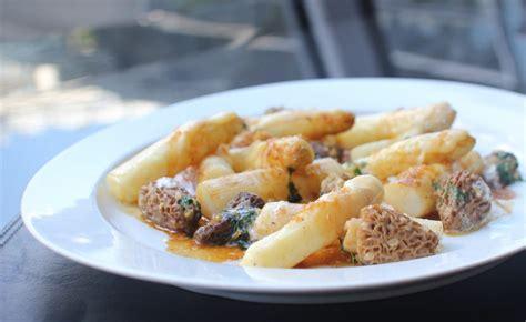 cuisiner les morilles fraiches recette d 39 asperges aux morilles par frédéric vardon