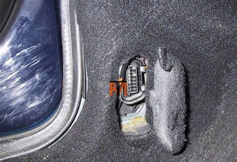 mechanic ford diagnostic socket location