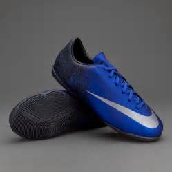 Nike CR7 Indoor Soccer Shoes Kids