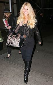 Jessica Simpson Shows Off Svelte Post-Baby Body in NYC—See ...