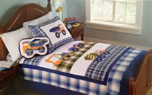 Toddler Boy Truck Quilt Bedding