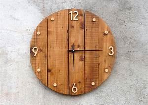 Grande Horloge Industrielle : horloge murale en bois style rustique et industriel i wood clocks i pinterest bois ~ Teatrodelosmanantiales.com Idées de Décoration