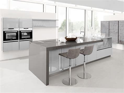 Kuchenarbeitsplatte Hohe by Die K 252 Chenarbeitsplatte Als Theke Bar Oder Tisch