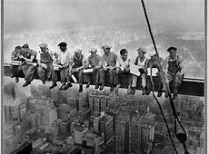 Sir Alex Ferguson refers to Lunch atop a Skyscraper in