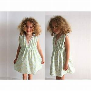 sewing pattern dress with a v col and lace cours With patron robe fillette 4 ans