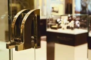 Boutiquen In Berlin : maurice lacroix setzt auf expansion und boutiquen ~ Markanthonyermac.com Haus und Dekorationen