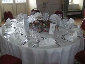 Tischdekoration Zu Weihnachten : tischdekoration und saaldekoration aus mainz blumenhaus ~ Michelbontemps.com Haus und Dekorationen