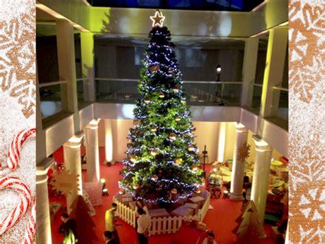 alquiler de 225 rboles de navidad gigantes