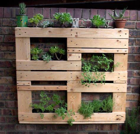 pallet planter 25 inspiring diy pallet planter ideas