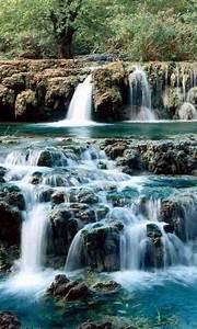 4D Waterfall Live Wallpaper