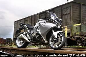 Moto Honda Automatique : tous les duels honda vfr 1200 dct vs bmw k1300s la supr matie remise en cause ~ Medecine-chirurgie-esthetiques.com Avis de Voitures