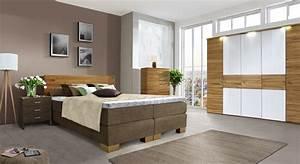 Schlafzimmer aus kernbuche mit boxspringbett salvatore for Schlafzimmer komplett boxspringbett
