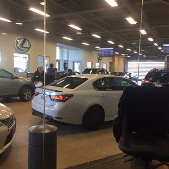 Lindsay Lexus Service Center