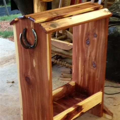 cedar saddle rack   wood sawmill pinterest