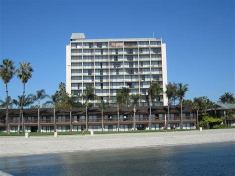 Catamaran Hotel San Diego Bed Bugs by Hotel Picture Of Catamaran Resort Hotel And Spa San