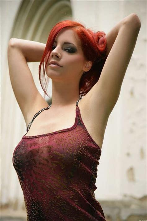 Piper Fawn (Gabriela Lupinkova)   Addict to red   Pinterest