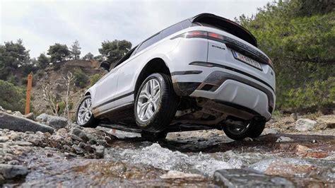 range rover evoque  drive review crisper