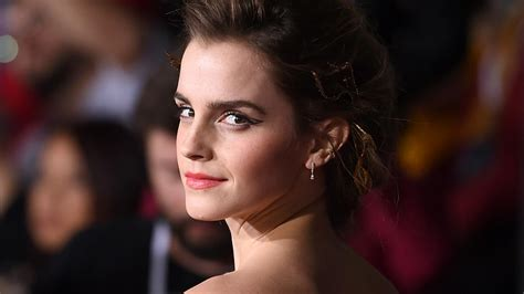 beauty   beast breaks records  emma watson