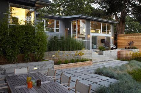 modern hardscapes  concrete home design lover