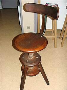 Chaise De Bureau Bois : comment reparer une chaise de bureau ~ Teatrodelosmanantiales.com Idées de Décoration