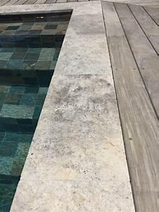 Margelle Piscine Grise : margelle de piscine en travertin gris margelles en 2019 ~ Melissatoandfro.com Idées de Décoration