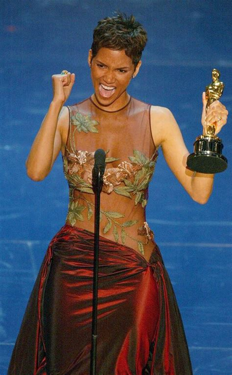 moment halle berry  oscars history
