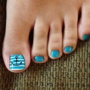 Beach nail art toes styling