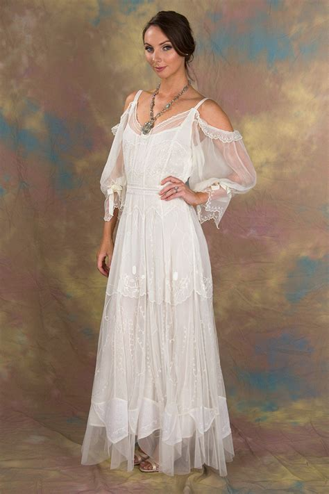 Vintage Inspired Wedding Dresses And Gowns