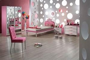 deco murale chambre enfant papier peint stickers peinture With chambre bébé design avec offrir des fleurs par correspondance
