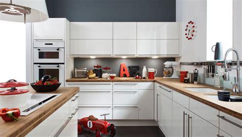 darty cuisines cuisine quelle couleur associer avec le bois darty