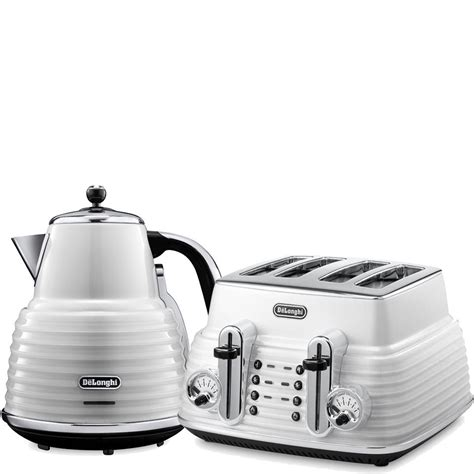 kettle and toaster de longhi scultura 4 slice toaster and kettle bundle