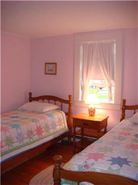barnstable cape vacation rental kids bedroom