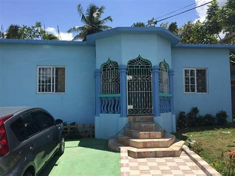 2 Bedroom 1 Bathroom House For Rent In Linstead St