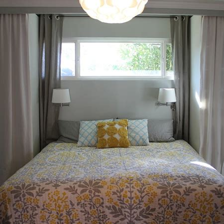 home dzine bedrooms   bed  feature  pine trim