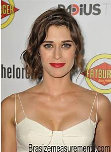 Lizzy Caplan Body Measurements and Net Worth - Celebrity ...