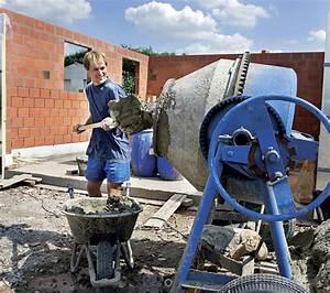 Míchání betonu v kolečku