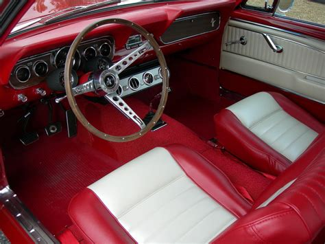 ford mustang  door coupe