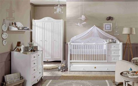décorer la chambre de bébé soi même décoration chambre bébé fille 99 idées photos et astuces